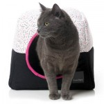 FuzzYard ShinJuku Collapsible Cat Cubby Bed